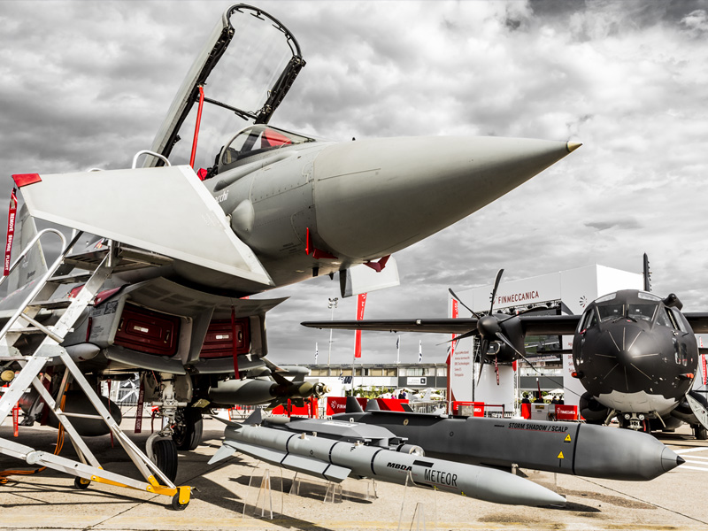 Eurofighter Typhoon & Alenia Aermacchi MC-27J